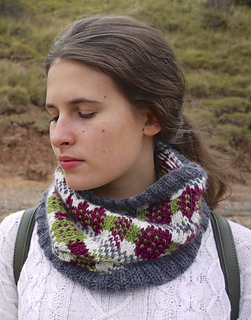 Welsh_blanket_cowl_small2