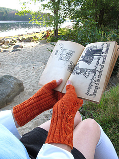 Fiery_searcher_thumb_gusset__palm_75_small2