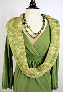 Bb61_infinity_scarf_op_small2