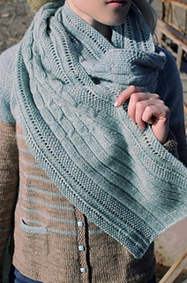 Sweater_scarf_resized_small2