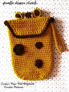 162_giraffe_diaper_clutch_small2