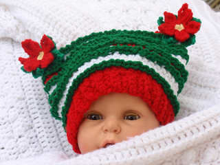 Poinsetta_hat_small2