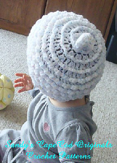 Cupcake_hat_back_small2
