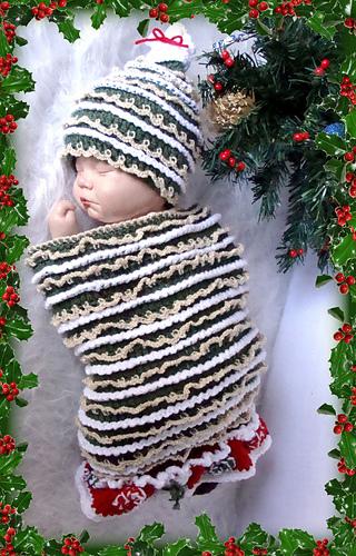 510_christmas_tree_cocoon_medium