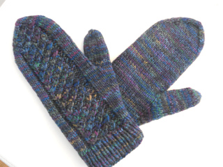 Mittens2-01_small2
