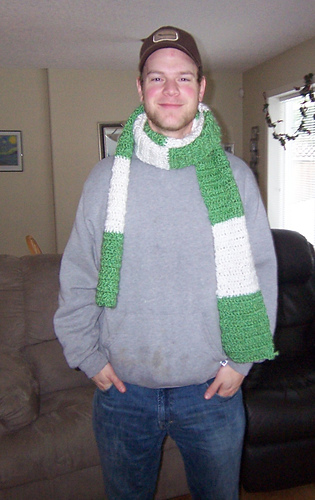 2008_xmas_scarf_for_glen_medium