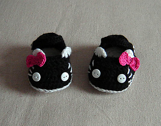 Kitty_mary_janes-craftsy_small2
