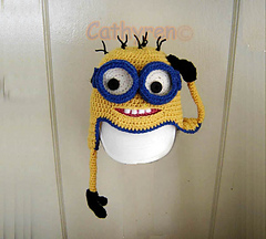 Minion_left_hand-c_small