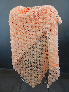 Crochet_flower_of_life_chain_shawl_1_small2