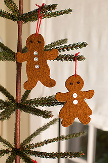 Felted-gingerbread-ornaments6_small2