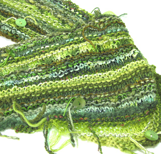 Greenscarfclose_small2