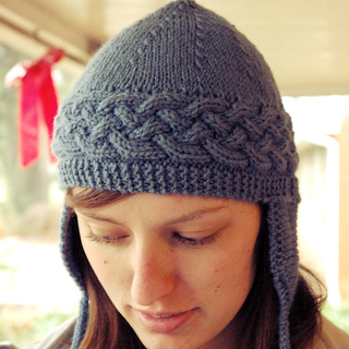 Mom_-_cable_hat_for_christmas_1_small2