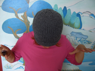 Compassioknitter-simplicity_hat_013_small2