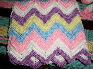 Ripple_crib_blanket_small2