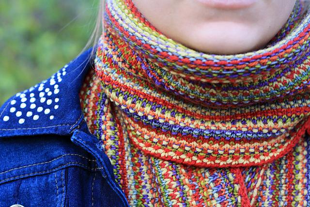 Pa tron de foulard Strips of Bits par Nicole Montgomery