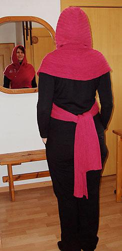 38-kapuzenschal-rot-3_medium