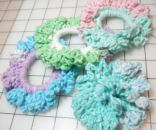 Ponytail_holders_small2