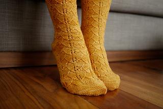 Gingko_socks_pattern_3_small2