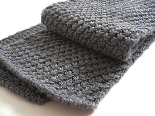 Knitting Patterns For Men Scarf : Ravelry: Extra Warm Mens Scarf pattern by Kyoko Nakayoshi