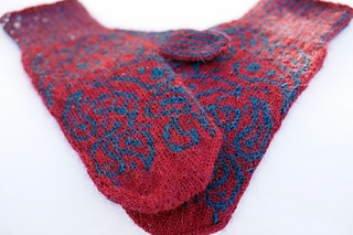 Red_paisley_s_crossed_small2