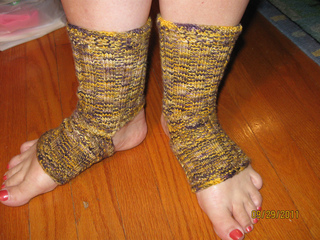 Jmu_yoga_socks_small2