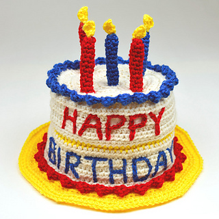 Crochet_birthday_cake_hat_small2