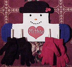Snowmanmittenholders_small