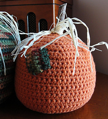 Threepumpkins_one_small