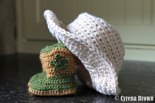 Hat_and_boots_small2