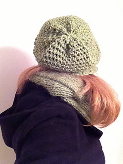 Mock_crochet_slouchy_hat_6_small2