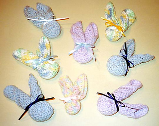 Baby_washcloth_bunnies_many_fix_crop_small2