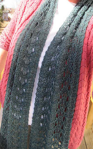 Wooly_wave_scarf_1__2__res_medium