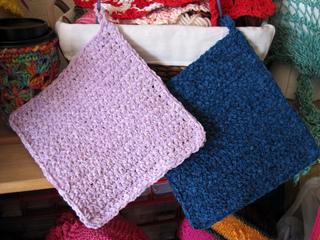 Simple_crochet_mats_cloths_2_colors_small2