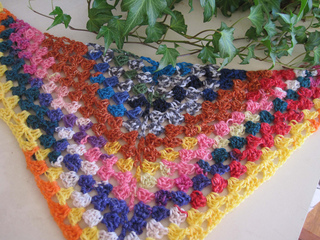 Leftover_sock_yarn_shawl_1_small2