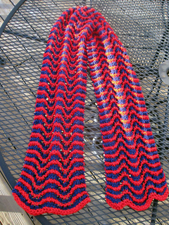 Wooly_wave_scarf_red_blue_outside_1_small2