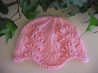 Lacy_baby_hat_pink_a_small2