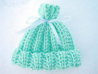 Rib_look_newborn_cap_outside_snow_2_small2