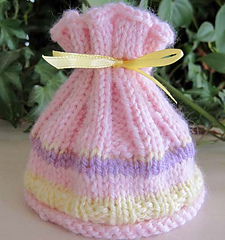 Coral_reef_baby_hat_pink_3_small