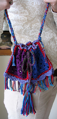 Gypsy_bag_with_both_hands_medium