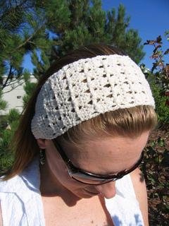Cross_stitch_headband_cream_1_small2
