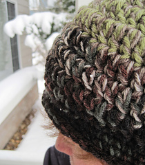 Double_double_hat_in_snow_closeup_small