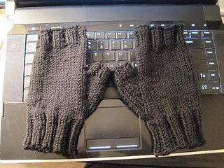Summers_mitts_2_small2