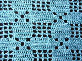 Little_baby_filet_crochet_set_closeup_small2