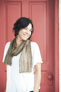 Fibre_space_gold_scarf_2_final_small2