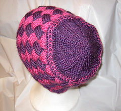 Entrelac_braids_hat_small