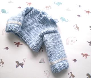 Blue_sweaterrgb_small2