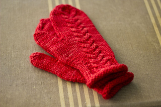 3h_mittens_solo_b_small2