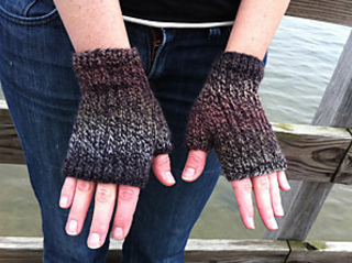Mendo-fingerlessgloves_small2