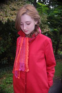 Bobble_fringe_scarf_2_small2