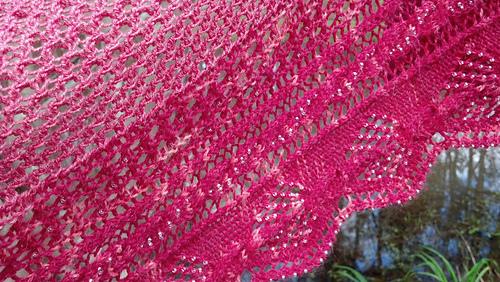 Pink_very_close_medium
